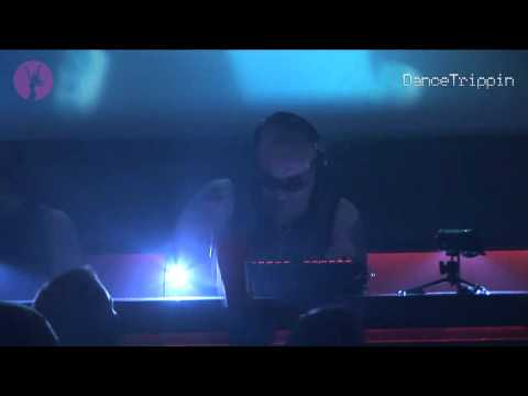 Dimitri Vegas & Like Mike ft Vangosh - Deeper Love (Pedro Henriques Remix) [played by Roger Sanchez]
