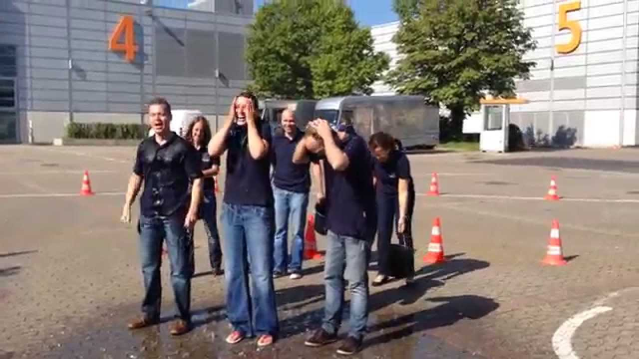 Messe Düsseldorf nimmt Ice Bucket Challenge an!
