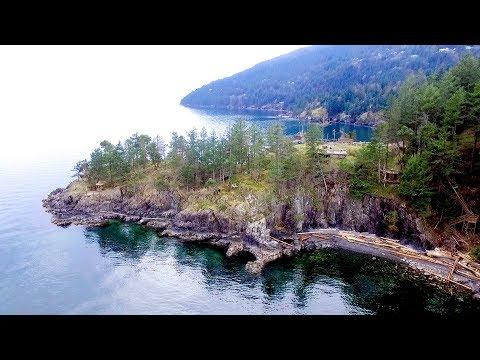 930 Waterfront, Bowen Island, BC | YVR International Realty - www.yvr.house
