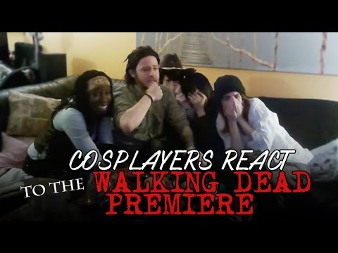 Cosplayers React to THE WALKING DEAD PREMIERE. [FULL/UNCUT]
