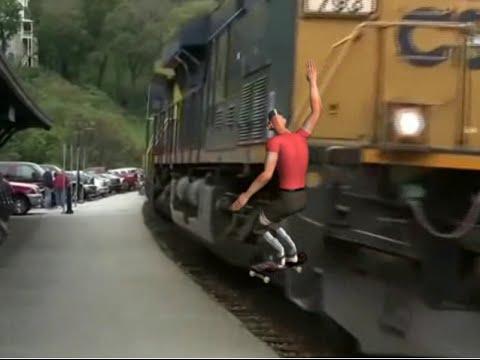 Tf2 Scout train skateboard stunt