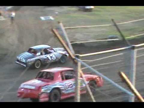 heat race at humboldt speedway factory stock 5-12-17