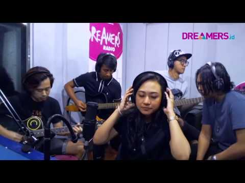 KILLING ME INSIDE FEAT. AIU - FRACTURED LIVE AT FRIDAYKUSTIK