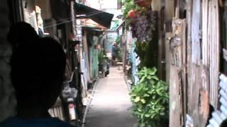 バンコク市内のスラム街。ヘロイン注射と強盗が繰り返される街。