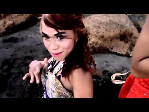 Fans Manis Manja Group Goyang Geol Riang Kuda Lumping By 5 Cewek Cewek Palsu