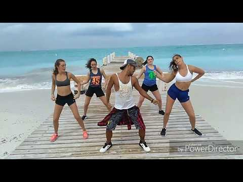Dura  Daddy Yankee  Mao Zumba  Coreography
