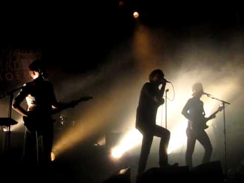 """Phoenix - """"If I Ever Feel Better"""" (Live At Newport Music Hall, December 9, 2009)"""
