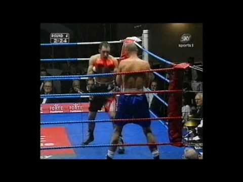 Derek Roche vs Darren Mclnulty