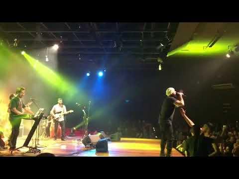 Tico Santa Cruz Canta Cazuza no Teatro dos Bancarios em Brasilia