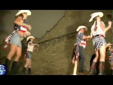Moda,Arte e  Gruppo hip hop i Minimè,Good Time Country,Roberta Molino e Fabio Dani