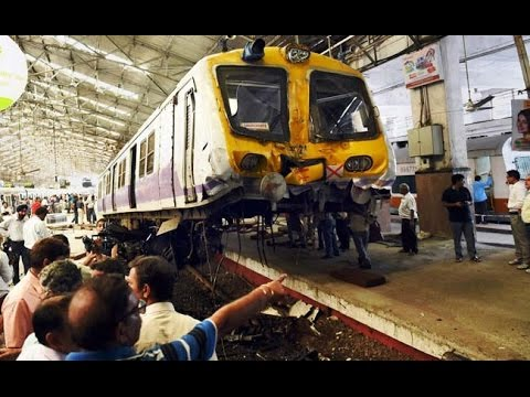 CCTV Video Of Major train accident At Churchgate station in Mumbai