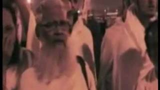 HAJJ WITH HAZOOR GHAZI AL MILLAT SYED MOHAMMED HASHMI MIYA ASHRAFI AL JILANI