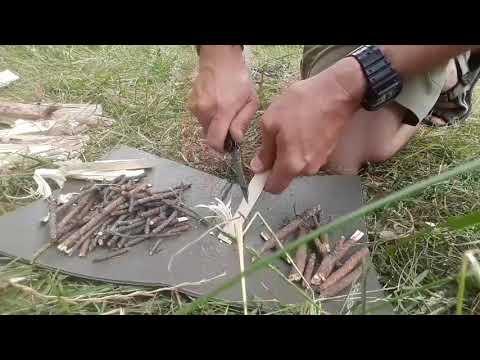 #Victorinox Trick (swiss Solider's Knife), Fox Outdoor Forest (holzgas), Fjallraven Ovik Shoulder.