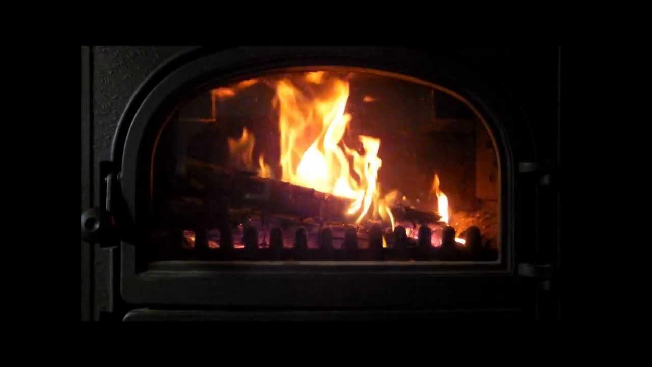 ambiance de no l feu de bois christmas spirit lovely fireplace youtube. Black Bedroom Furniture Sets. Home Design Ideas