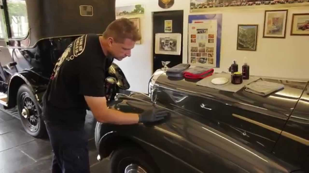 How To Apply Swissvax Best Of Show Car Wax In Seconds For A - Show car wax