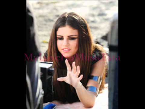 Selena Gomez Love you like a Love Song Pictures
