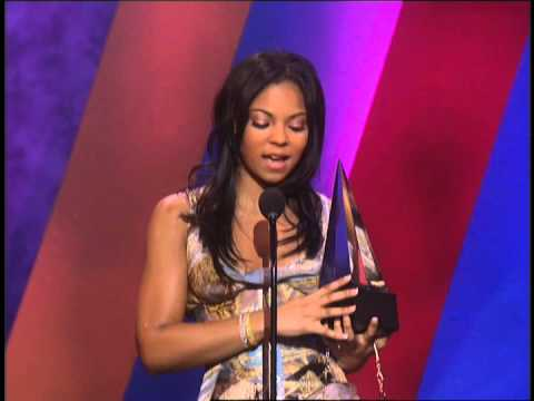 Ashanti Wins Hip Hop/R&B New Artist - 30th AMA 2003