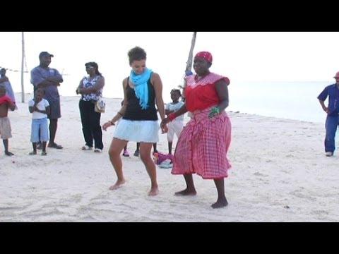 Garifuna Dancing - Adventures in Roatan Part 3