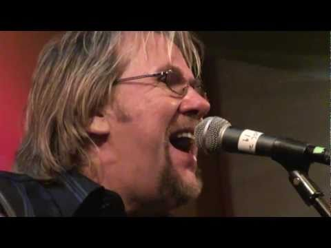 David Pack - Biggest Part of me - (Ambrosia) live with the great Larry Carlton! 1/15/11 Seal Beach