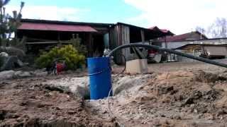 видео Как мы строили пруд на даче своими руками, история первая (часть 3)