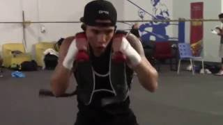 OSCAR VALDEZ WORKING ON STRENGTH AND CONDITIONING!!