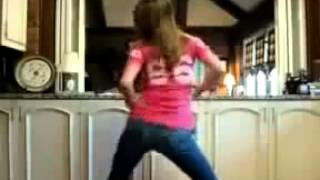 Kelsie dancing to low by flo rida