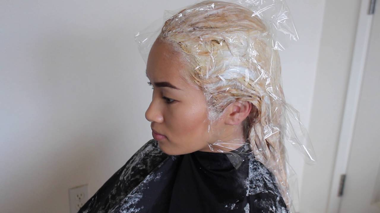 Application How To Bleach And Tone Hair Youtube