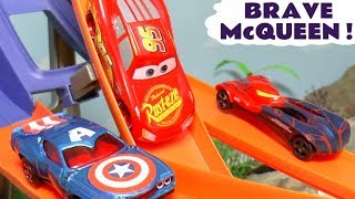 Cars Lightning McQueen Hot Wheels Brave Racing with Superhero Cars and funny Funlings TT4U