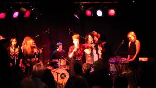 Kiesza - Stronger (From Finding Neverland The Album) Live 2015