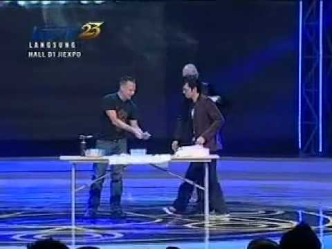 Brian Brushwood on Mahakarya Magician 2012