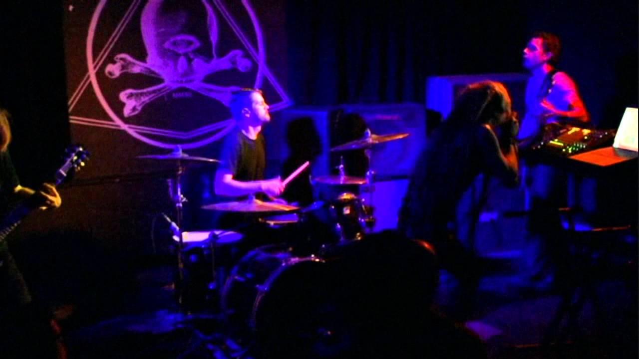 Album Review: BATILLUS Concrete Sustain