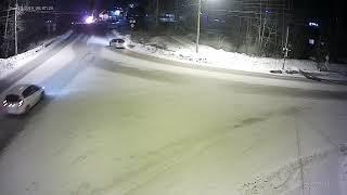 В Усть-Куте в результате ДТП загорелся автомобиль