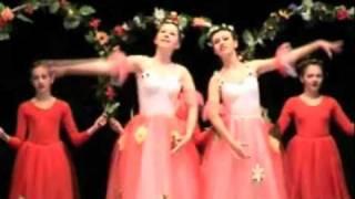Blumenwalzer der Ballettschule Olga Engelmann