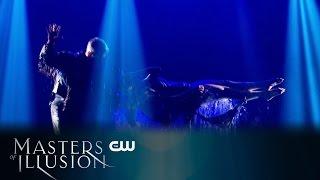 Masters of Illusion   Classic Magic Mashups Scene   The CW
