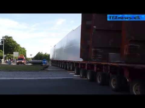 TV: Kæmpe blokvognstransport af broelementer fra Korsør til Vallensbæk.