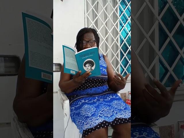 🌳📚 Mary Grueso lee