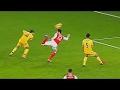 Inilah  Gol-Gol Paling Crazy yang Pernah Ada di sepakbola Dunia