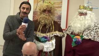 Os Reis Magos visitan o centro de día  Boas Apertas