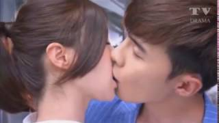 Romantic French Kiss cute couple awesome kissing scene ever
