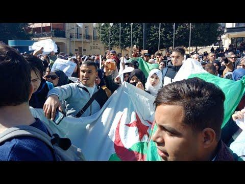 الجزائر: قايد صالح يحذر من الخروج عن الدستور والطلاب يواصلون احتجاجاتهم  - نشر قبل 2 ساعة