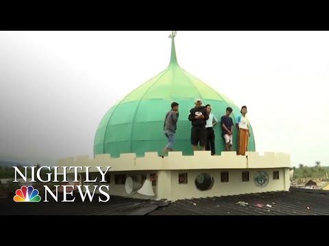 False Alarm Near Site Of Indonesia Tsunami That Killed Over 400 | NBC Nightly News
