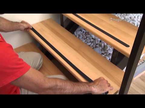 Bricoman a antideslizantes en escaleras youtube - Como hacer escaleras ...