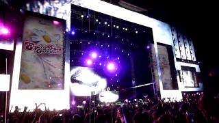 EDC 2010- Swedish House Mafia- Confetti Drop & {Justice- We are your friends}: (Front row-HD)