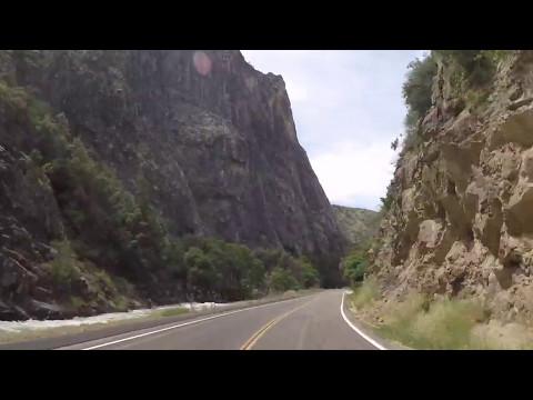 Driving Through Kings Canyon National Park