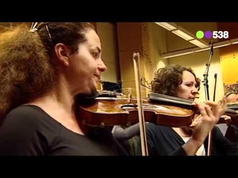 Radio 538: Jonathan Jeremiah en het Metropole Orkest - Happiness (live bij Evers Staat Op)