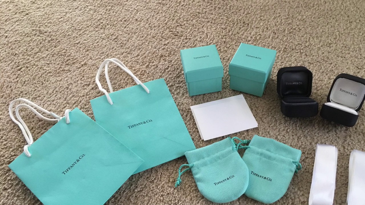 fc7430537a139 How to know if a Tiffany Gift Bag and Box is authentic