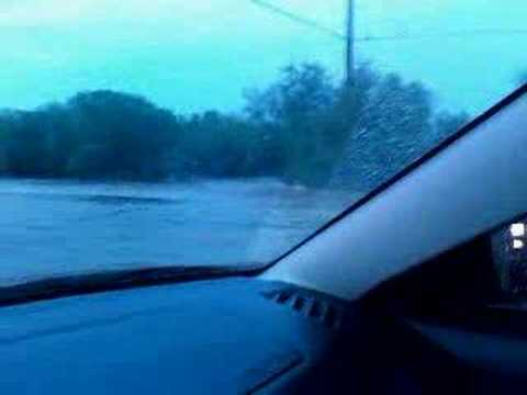 Laredo Mines Road Flood 5/5/08