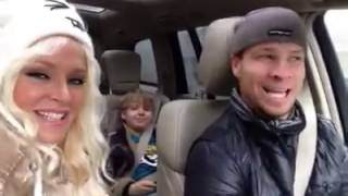 Brian & Leighanne cantan Happy Bday a Baylee - 26 Noviembre 2013
