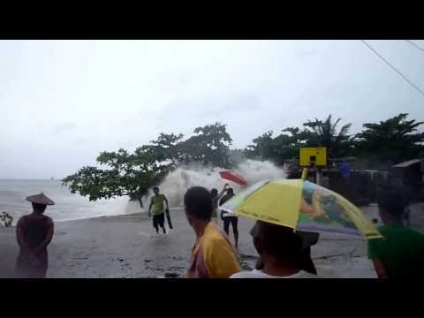 "Storm Surge at Brgy. Sta Maria ""Zone 1"" Presentacion, Camarines Sur"