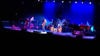 Mark Knopfler - Telegraph Road outro solo live Newcastle Upon Tyne 2015